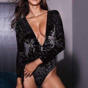 🎃Victoria's Secret Velvet Bodysuit